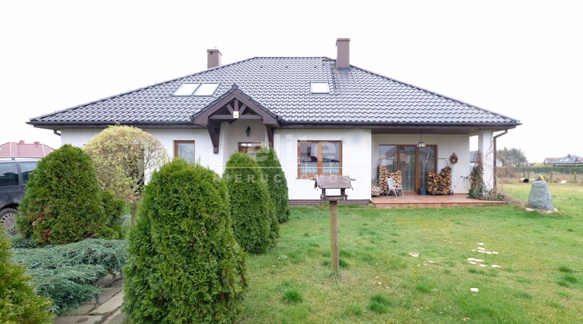Domy na sprzedaż CZARNA ŁĄKA