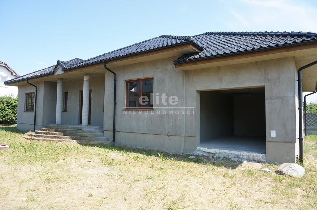Domy na sprzedaż KOMAROWO