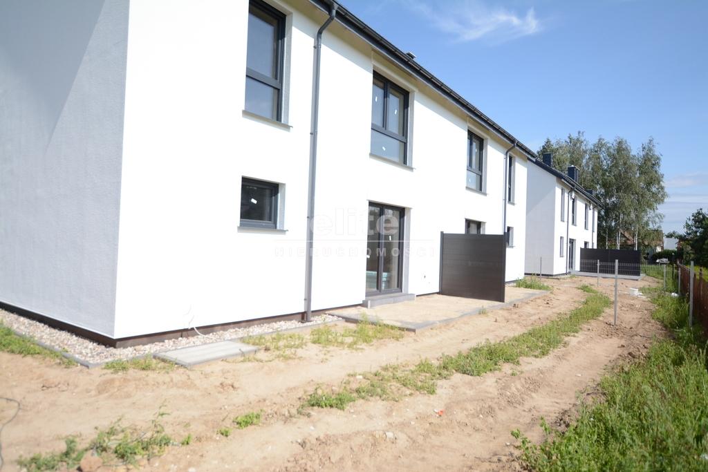 Domy na sprzedaż USTOWO